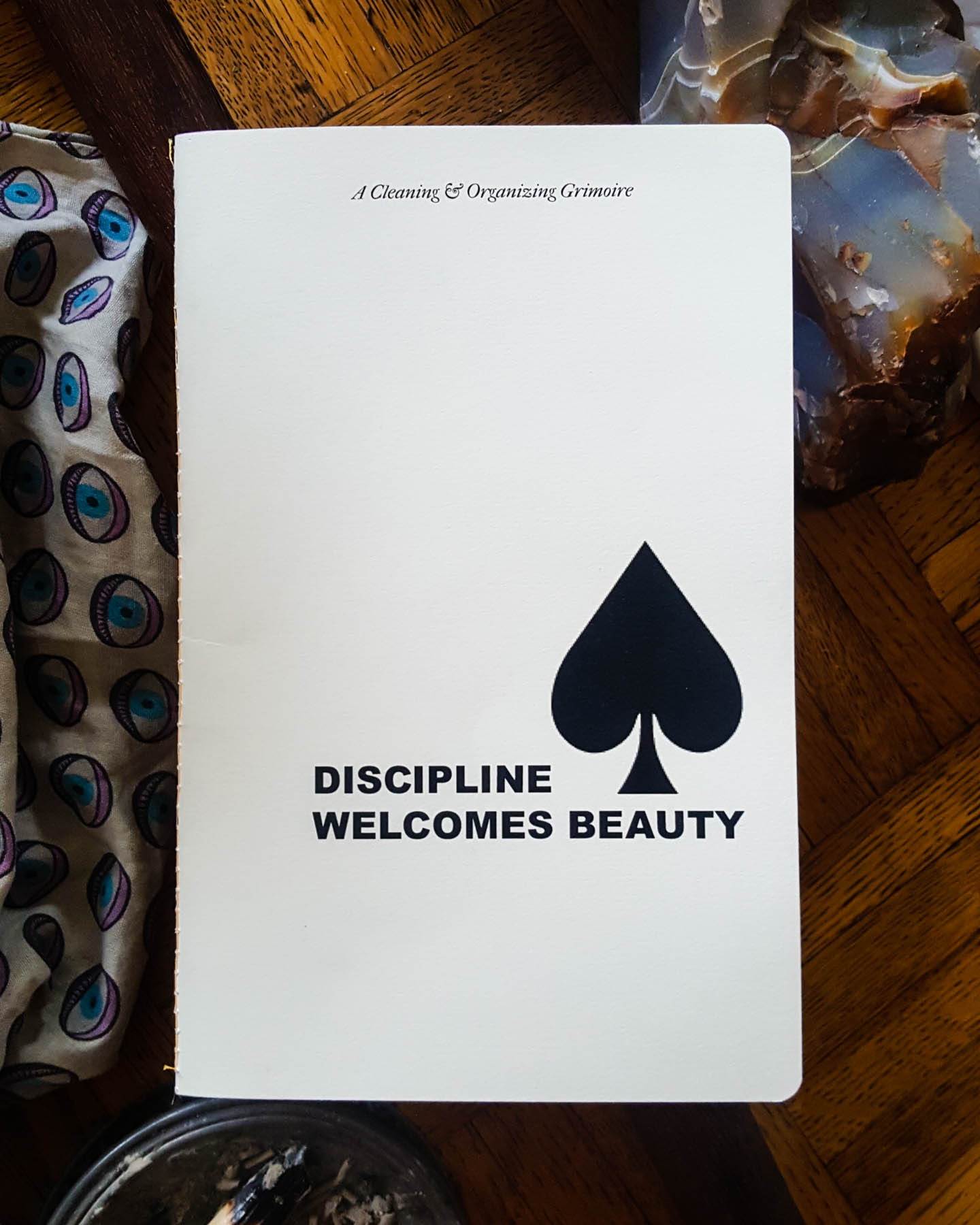 Discipline Welcomes Beauty zine by yours truly